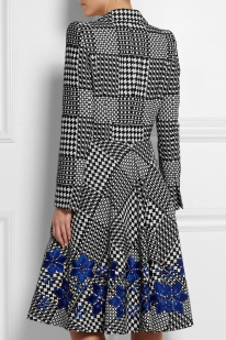 alexander-mcqueen-gray-prince-of-wales-check-jacquard-coat-product-1-033926441-normal